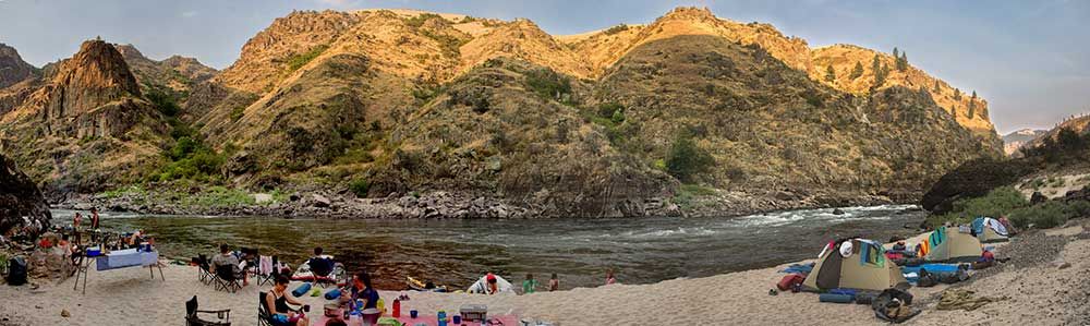 Salmon-River-Canyons-panorama