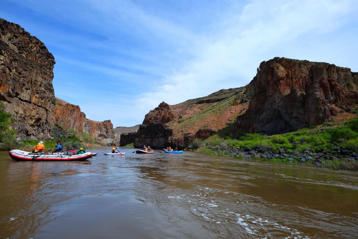owyhee-boats-on-the-river-1
