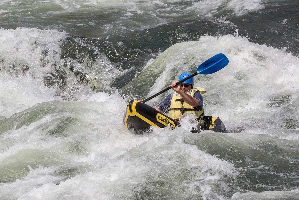 inflatable-kayak-salmon-river-canyons