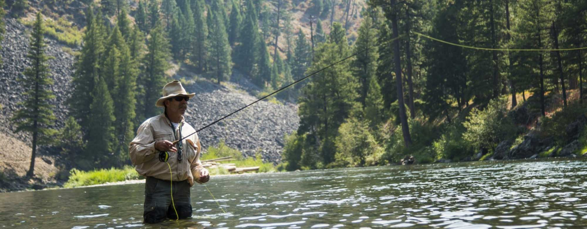 HRE_Fly_Fishing_Casting-2000x780_c